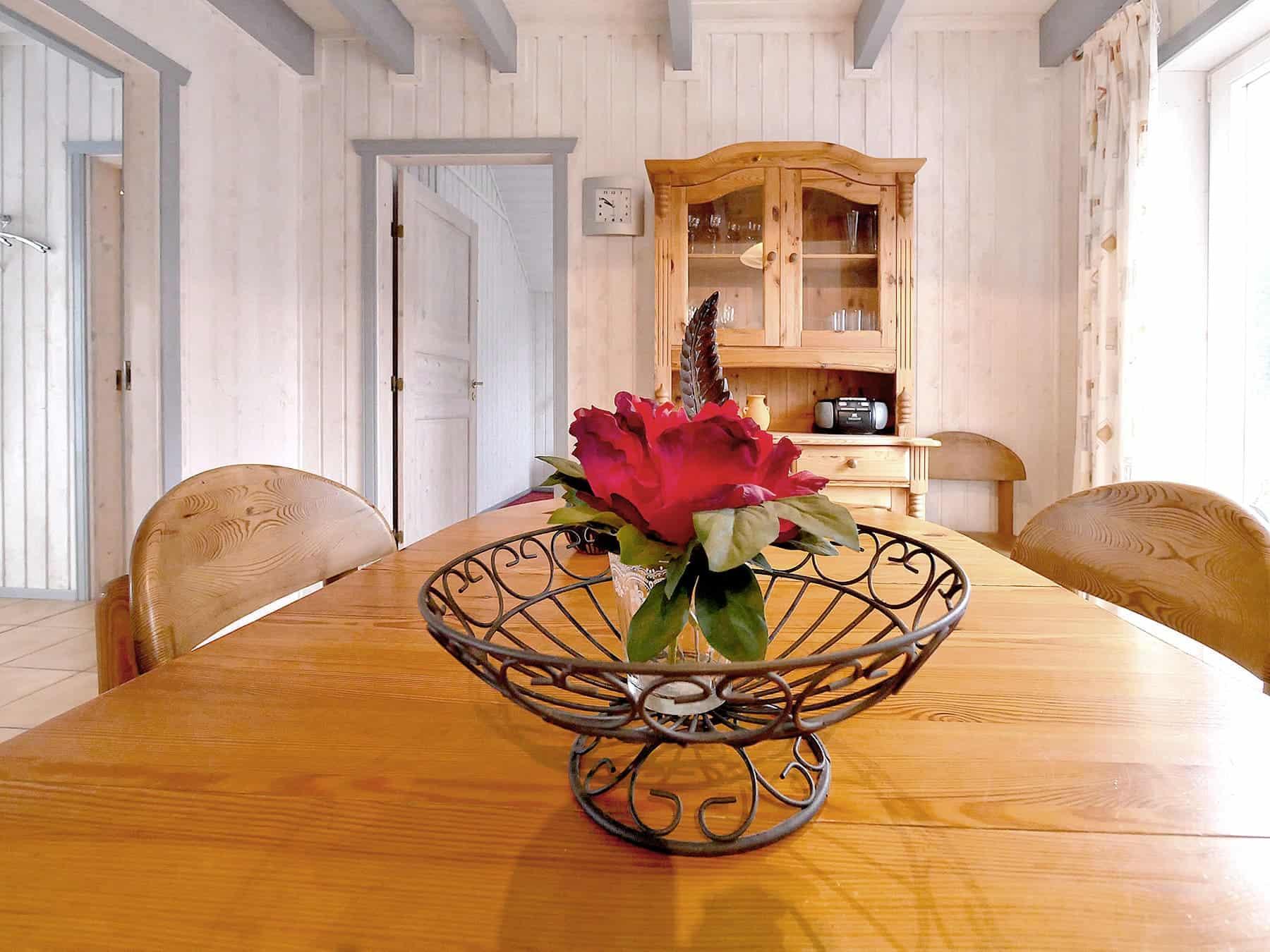 Essbereich für die ganze Familie im Ferienhaus Seestern / Seerose in Wendisch Rietz