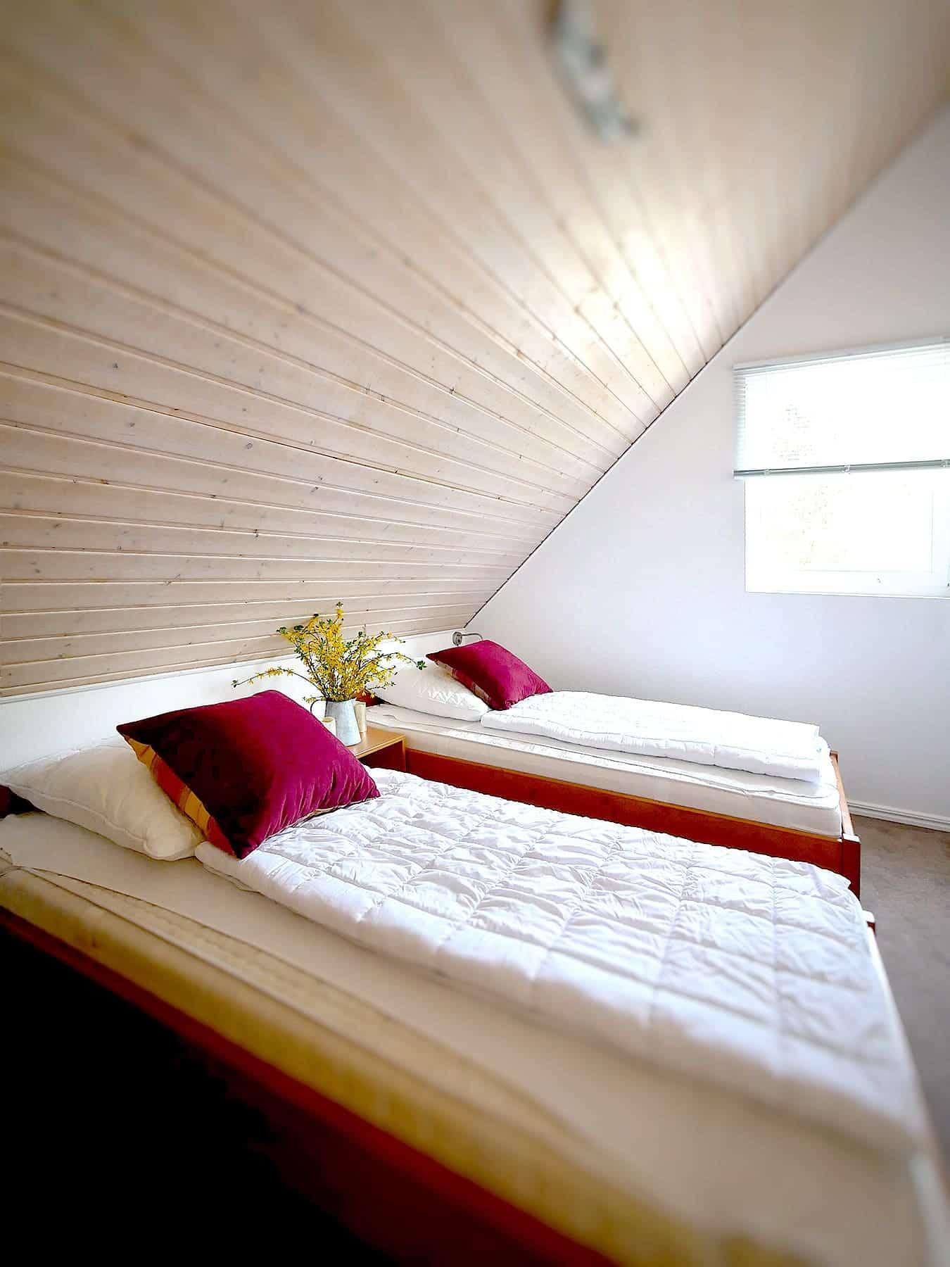 Ferienhaus Falster XL in Bad Saarow – Schlafzimmer im Dachgeschoss
